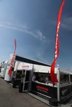 Team Dynamics Honda Civic Type R  Hospitailty