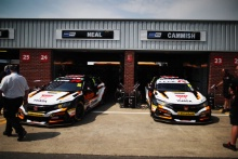 Halfords Yuasa Team Dynamics Honda Civic
