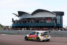 Rob Collard (GBR) Power Maxed Racing Vauxhall