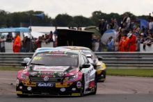 Michael Crees (GBR) Team Hard Volkswagen Passat CC