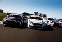 Jack Goff (GBR) - Team HARD Cupra Leon and Ollie Jackson (GBR) - MB Motorsport Ford Focus ST