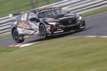 Gordon Shedden (GBR) - Team Dynamics Honda Civic Type R