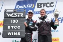 Colin Turkington (GBR) - Team BMW BMW 330i M Sport and Dick Bennetts (NZL) WSR