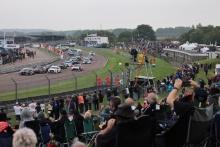 Start, Daniel Rowbottom (GBR) - Team Dynamics Honda Civic Type R amd Josh Cook (GBR) - BTC Racing Honda Civic Type R