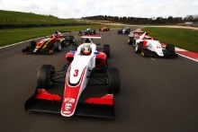 Ayrton Simmons (GBR) Chris Dittmann Racing BRDC F3, Johnathan Hoggard (GBR) Fortec Motorsports BRDC F3, Josh Mason (GBR) Lanan Racing BRDC F3 British F3 Tracking