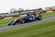 Lucas Petersson (SWE) Carlin BRDC F3