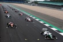 Start of Race 3, Kiern Jewiss (GBR) Douglas Motorsport BRDC F3 leads