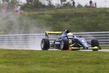 Kaylen Frederick (USA) – Carlin BRDC F3