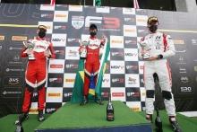 Mikkel Grundtvig (DNK) - Fortec Motorsports BRDC F3, Roberto Faria (BRA) - Fortec Motorsports BRDC F3 amd Reece Ushijima (USA) - Hitech GP BRDC F3
