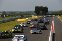 Start of Race 1, Mark Farmer / Nicki Thiim TF Sport Aston Martin V12 Vantage GT3 leads