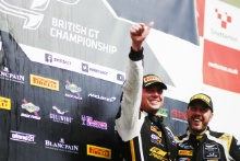 Will Moore / Matt Nicoll-Jones Academy Motorsport Aston Martin V8 Vantage GT4