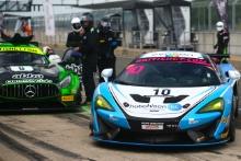 Finlay Hutchison Equipe Verschuur McLaren 570S GT4