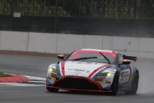 Mike Robinson / Patrik Matthiessen Optimum Motorsport Aston Martin V8 Vantage GT4