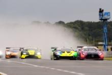 Ian Loggie / Yelmer Buurman - RAM Racing Mercedes-AMG GT3 Start