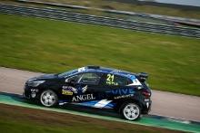 Louis Doyle (GBR) Renault Clio Cup Junior