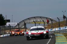 #94 Porsche GT Team Porsche 911 RSR: Romain Dumas, Timo Bernhard, Sven Muller