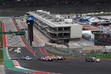 Start of the Lone Star Le Mans race, #1 Rebellion Racing Rebellion R-13 - Gibson: Bruno Senna, Gustavo Menezes, Norman Nato leads