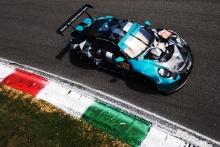 #88 Dempsey-Proton Racing Porsche 911 RSR - 19: Andrew Haryanton, Marco Seefried, Alessio Picariello