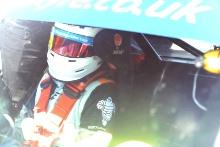 Tom Golding (GBR) Ginetta GT5