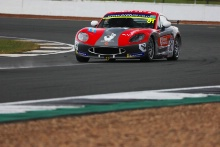 Phil McGarty / Ginetta GT5
