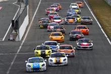 Start of Race 3, Scott Mckenna / Xentek Motorsport Ginetta GT5 leads
