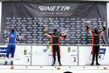Nick White - MRM Racing G40, Marc Warren - Raceway Ginetta G40, Thomas Holland - Raceway Ginetta G40
