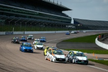 Start of Race 1 Ben Palmer (GBR) Ben Palmer Racing Renault Clio Cup and Ronan Pearson (GBR) Westbourne Motorsport with Hillnic Homes Renault Clio Cup lead