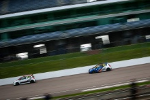 Steve Williams (GBR) Jade Developments Renault Clio Cup and Finlay Robinson (GBR) Westbourne Motorsport Renault Clio Cup