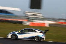 Josh Price (GBR) Pyro Motorsport Honda Civic TCR