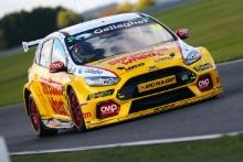 Dan Vaughan (GB) Motorbase Ford Focus