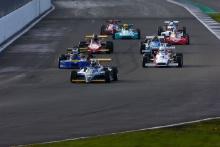 Race Start David Thorburn Ralt RT3 leads