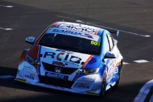 Sam Tordoff (GBR) AMD Honda Civic