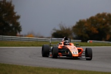 Villagomez (MEX) Fortec Motorsports British F4