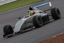 Casper Stevenson - Double R British F4