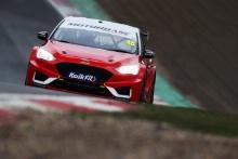 Ollie Jackson (GBR) - Motorbase Ford Focus
