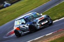 Lee Pearce - Graves Motorsport MINI