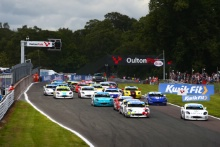 Start of the Race, James Hedley / Elite Motorsport Ginetta Junior leads