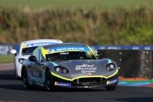 Ian Aguilera - R Racing Ginetta Junior