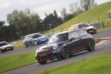Mini Challenge Safety Car