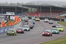 Start - Race 1 - Alex Solley - AReeve Motorsport MINI