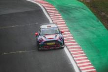Hannah Chapman - LUX Motorsport MINI