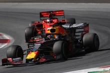 30.06.2019 - Race, Max Verstappen (NED) Red Bull Racing RB15 leads Sebastian Vettel (GER) Scuderia Ferrari SF90