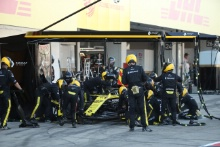 13.10.2019- Race, Nico Hulkenberg (GER) Renault Sport F1 Team RS19 during pit stop